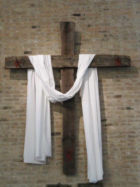 Croce-chiesa1